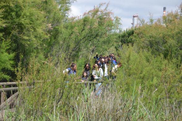 Visitantes en la Laguna Primera de Palos.