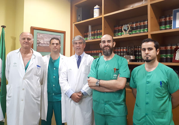 Miembros de la Unidad que ha realizado esta intervención para el abordaje del cáncer de hígado por primera vez en Huelva