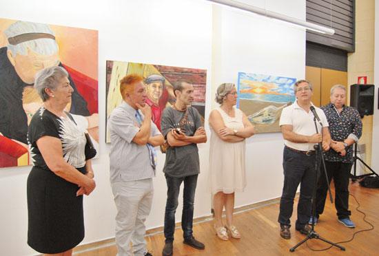 El Delegado de Cultura da por inaugurada la exposición.