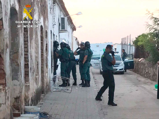 intervención de los agentes de la Guardia Civil.