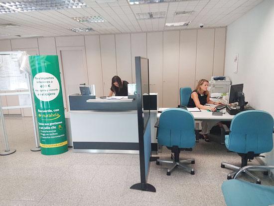 Caja rural del sur abre una nueva oficina en zalamea la for Oficina de empleo huelva