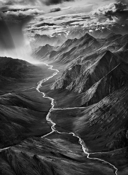 Región oriental de la cordillera de Brooks. Refugio Nacional de la Fauna y la Flora del Ártico. Alaska (Estados Unidos). 2009. © Sebastião Salgado/Amazonas