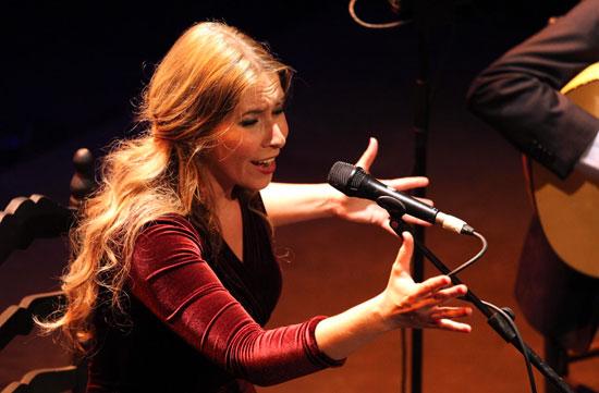 Actuación de Rocío Márquez.