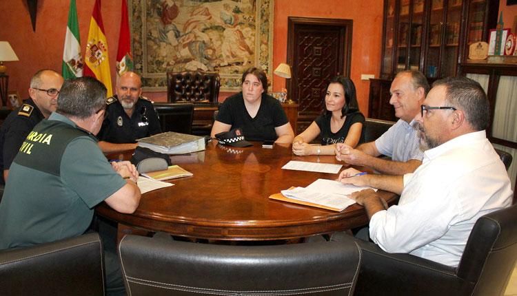Imagen de la reunión en el Ayuntamiento de La Palma.