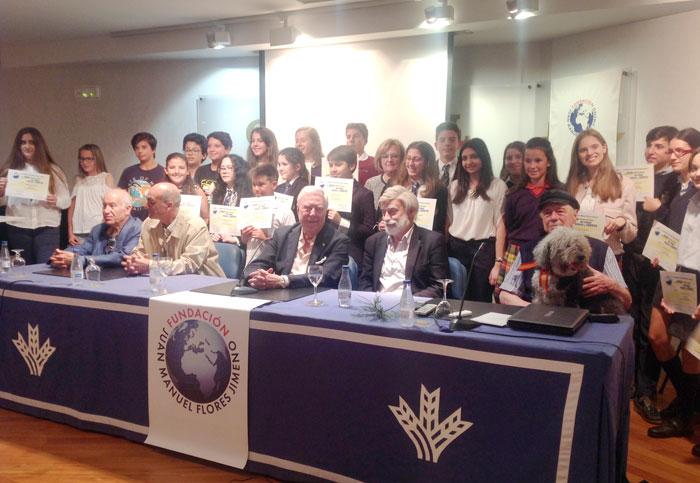 Premiados con los miembros del jurado y los presidentes de las Fundaciones Flores Jimeno y Caja Rural del Sur.