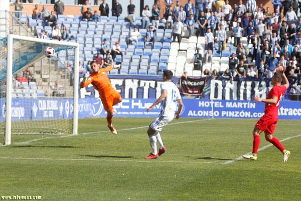 -Recreativo de Huelva y Unión Deportiva Ibiza empataron a cero goles en la  mañana de hoy en el Nuevo Estadio Colombino ba8624fcaa188