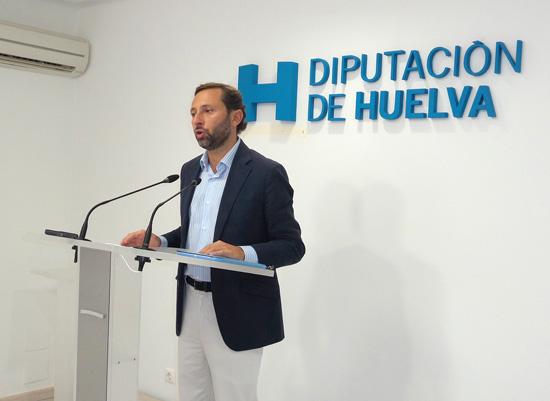 El diputado de Infraestructuras, Alejandro Márquez, ha informado sobre las próximas actuaciones previstas desde el Servicio de Carreteras correspondientes al último trimestre de 2014.
