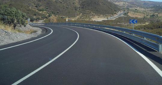 Imagen de la carretera de La Nava-Encinasola.