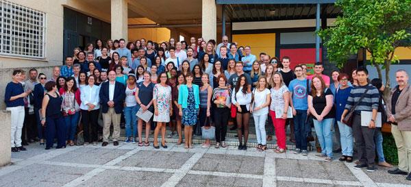 Un total de 57 auxiliares de conversación se han incorporado ya en la provincia de Huelva a los centros públicos que desarrollan proyectos de enseñanza bilingüe en inglés, francés y portugués.