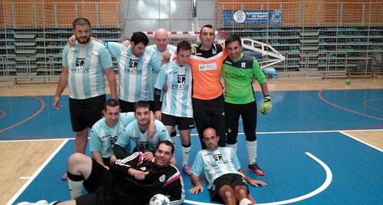 Uno de los equipos participantes en las actividades deportivas en el Día de la Discapacidad.