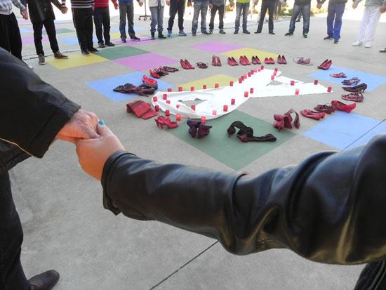Acto contra la violencia género en el Centro Penitenciario de Huelva.
