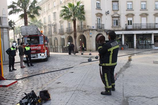Imagen de la actuación de los bomberos.