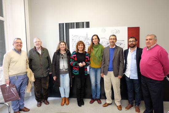 Tobar se ha reunido hoy con las peñas flamencas de la capital.