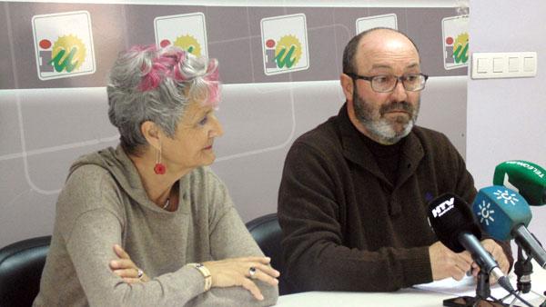 Pepa Beiras y Pedro Jiménez en rueda de prensa.