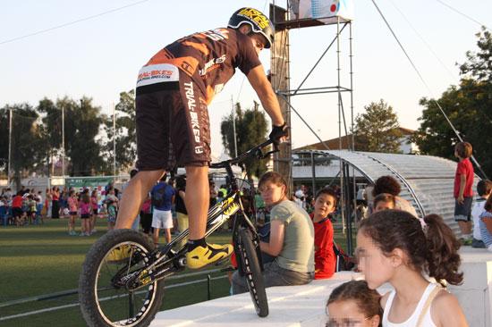 imagen de una de las actividades de Trial Bici.