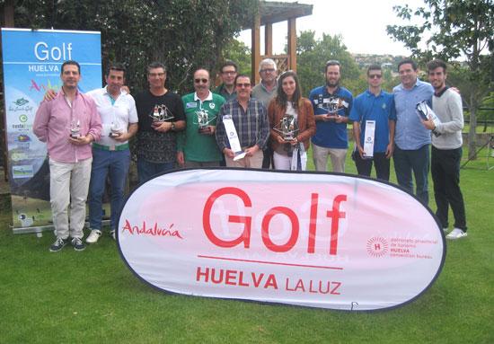 Algunos de los participantes del Norba Golf de Cáceres celebrado el pasado domingo 15 de mayo