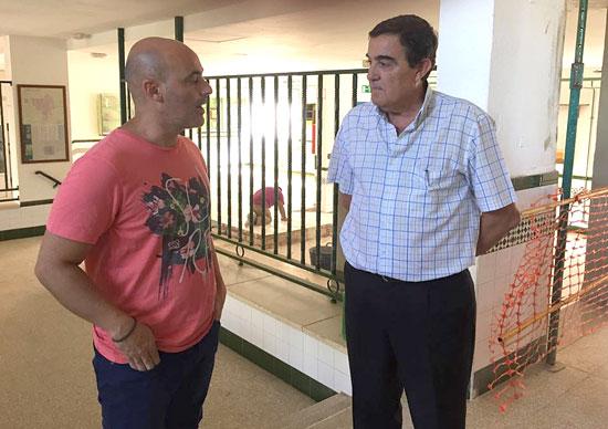 Vicente Zarza durante su  visita a la Residencia de Valverde.