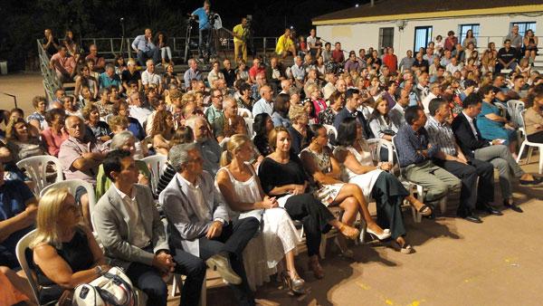 Imagen del público asistente al acto de presentación de las fiestas.