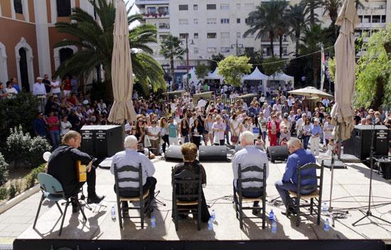 Escenario-patio gastro-flamenco.