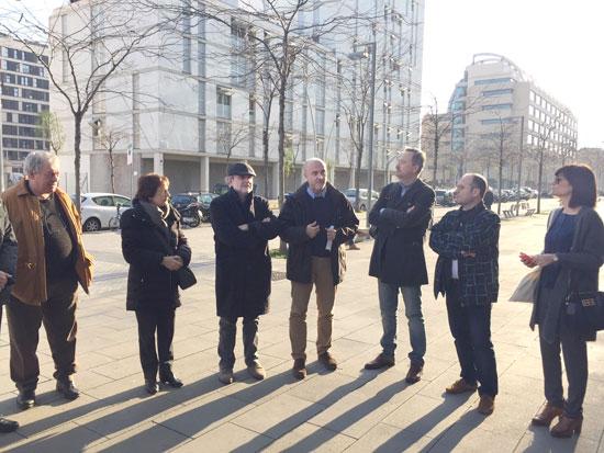 Representantes del Ayuntamiento de Huelva en la ciudad de Barcelona.