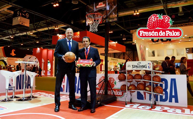 Chus Bueno y Antonio Oliveira en la presentación de la campaña.